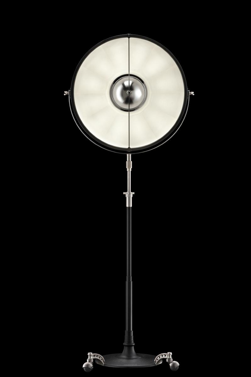 Fortuny Atelier 63 floor lamp black white leaf