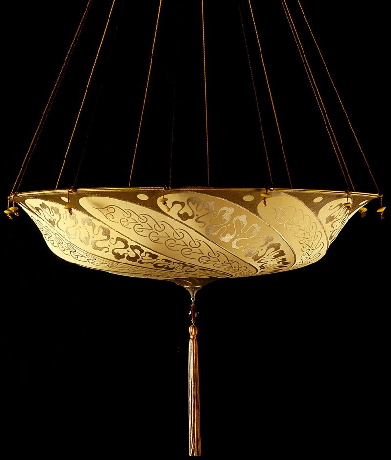 Fortuny Scudo Saraceno salmon Serpentine silk lamp side view