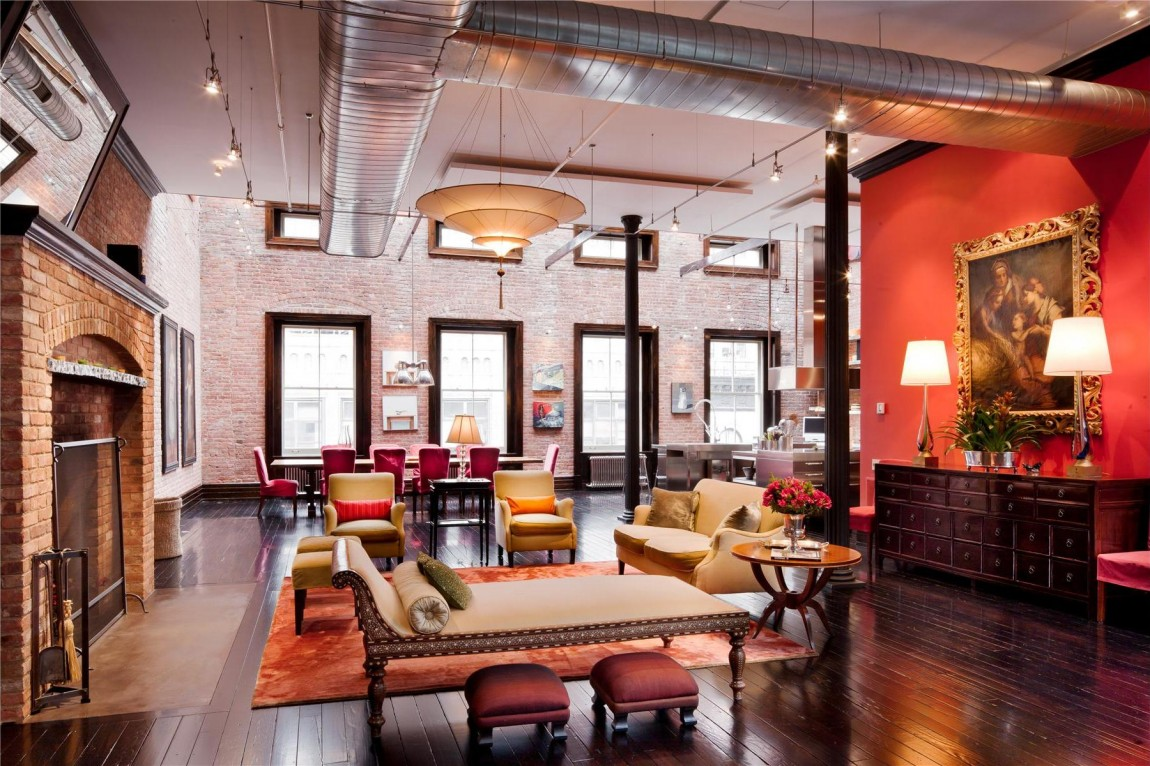 Triplex loft mansion in Tribeca, New York City with Fortuny lamps 2