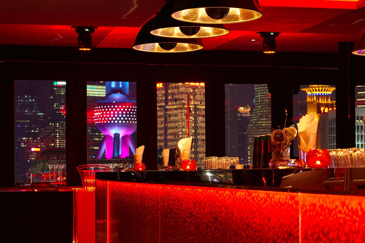 Bar Rouge in Shangai features Fortuny Studio 1907 Cupola lamps
