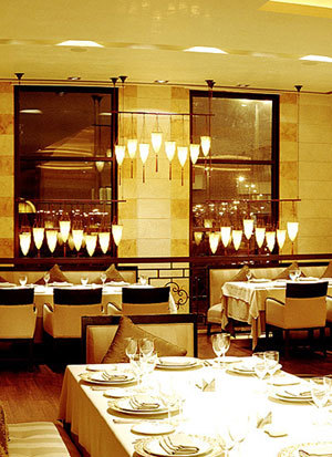 Byblos Restaurant in Saudi Arabia with silk Cesendello