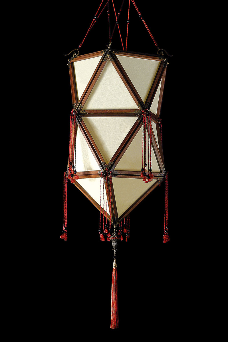 Fortuny Concubine Favorita plain silk lamp with wooden structure
