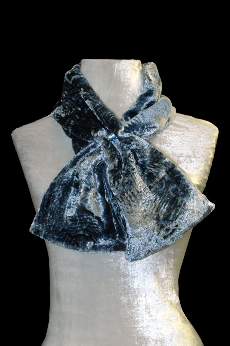 Fortuny blue grey furrowed velvet scarf with Murano glass beads
