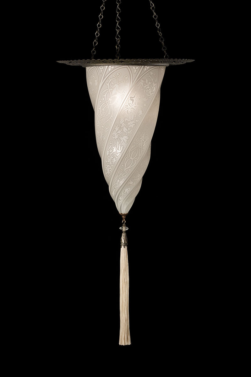 Fortuny Cesendello white classis glass lamp with metal ring
