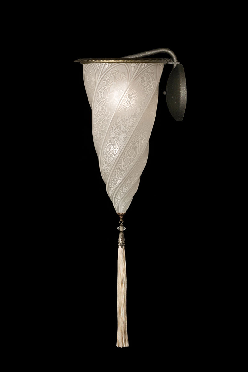 Fortuny Cesendello white classic glass wall applique lamp