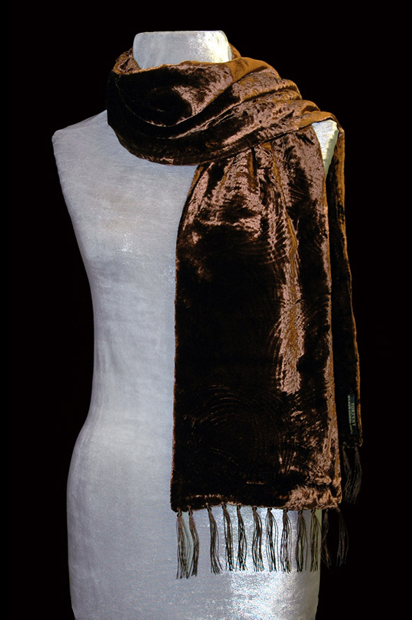 Fortuny cocoa furrowed velvet scarf with fringes