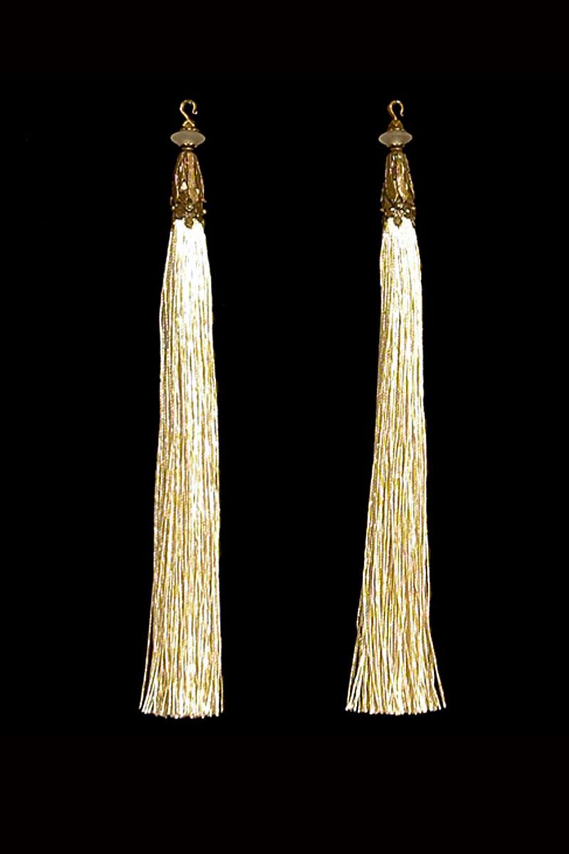 Venetia Studium couple of ivory hook tassels