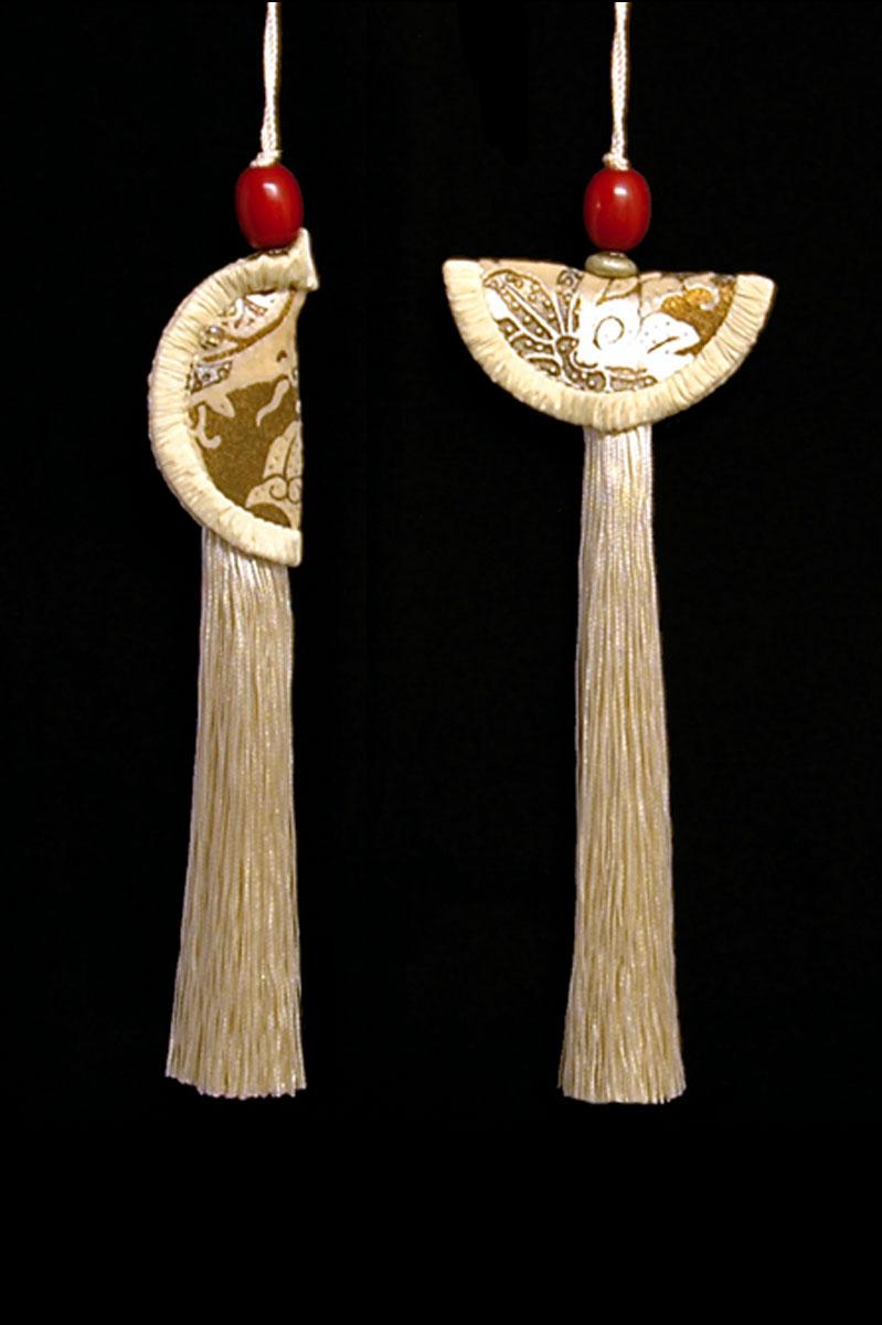 Venetia Studium couple of ivory Geisha & Samurai key tassels