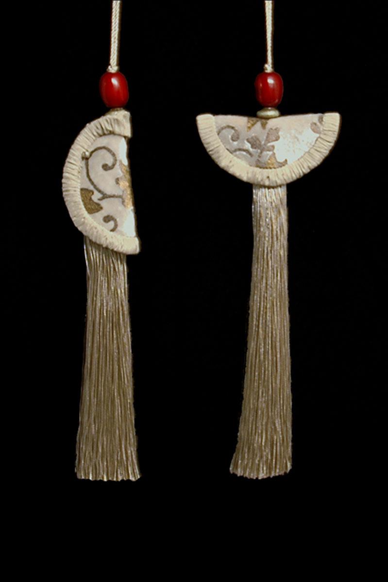 Venetia Studium couple of beige Geisha & Samurai key tassels