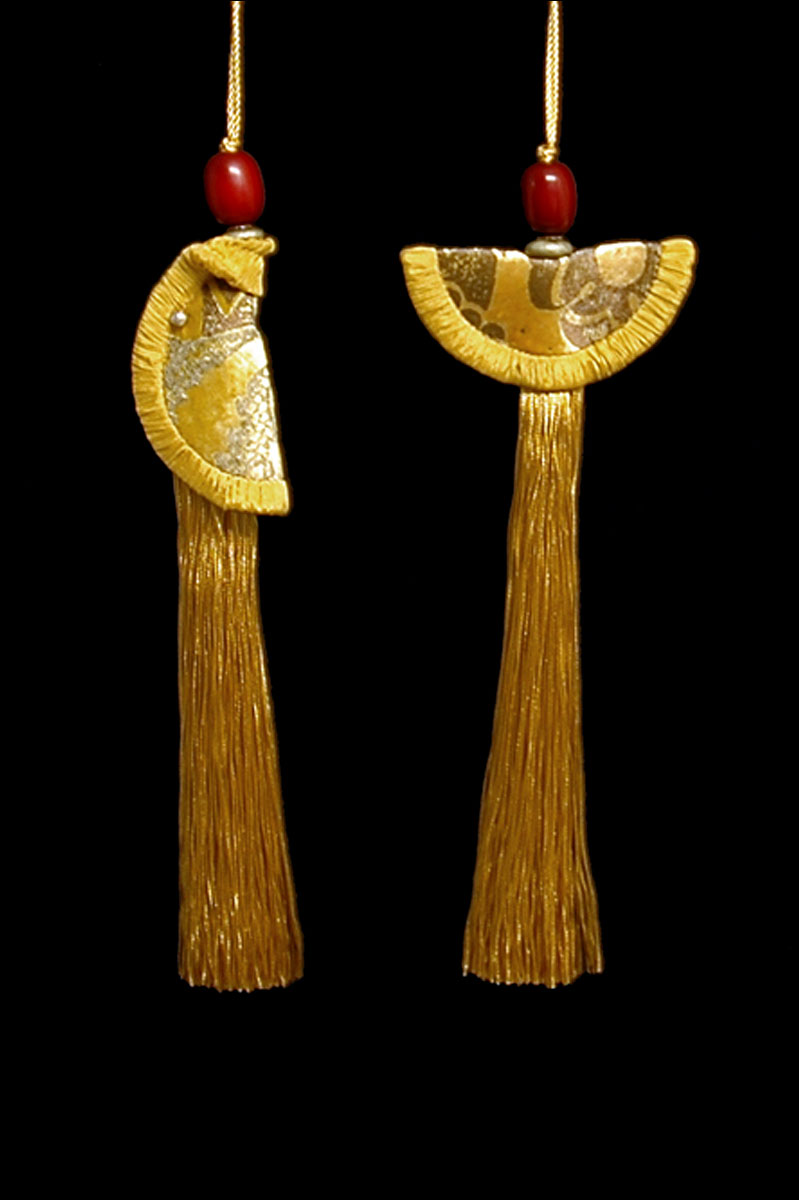 Venetia Studium couple of pale gold Geisha & Samurai key tassels