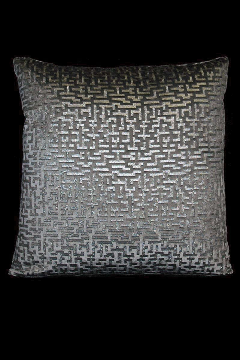 Venetia Studium Labirinto square grey printed velvet cushion front