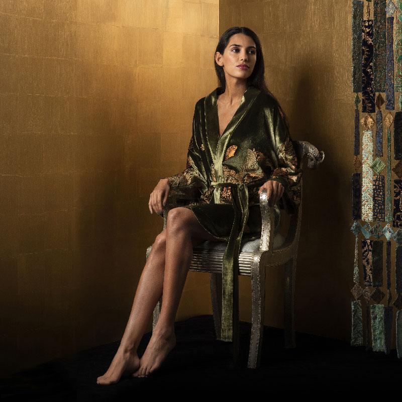 Isabel printed velvet kimonos