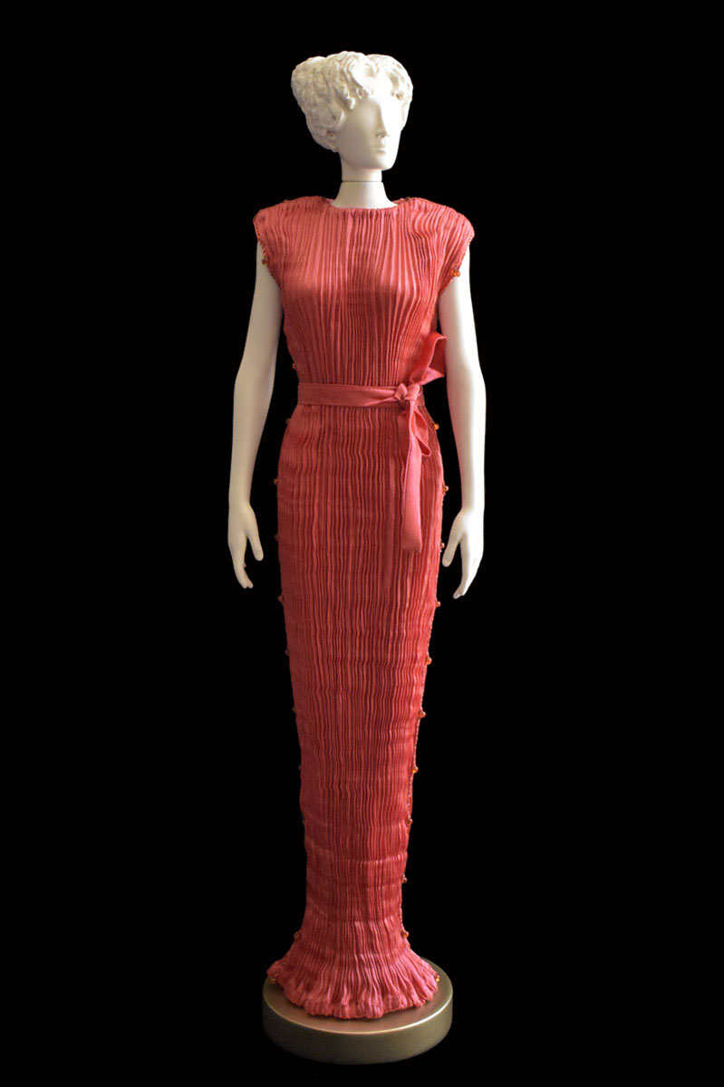 Diva Peggy coral red collectible fashion doll miniature mannequin - Roman