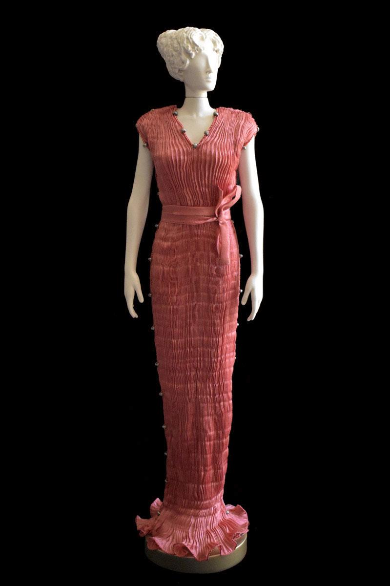 Diva Auriga salmon collectible fashion doll miniature mannequin - Roman